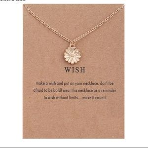 Jewelry - Gold Daisy Wish Necklace